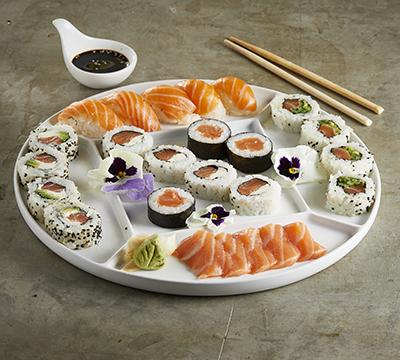 Combinado salmón fresco x 25u