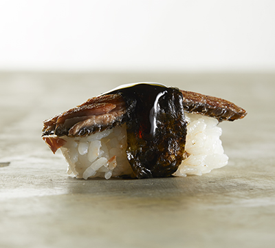 Salmon grill nigiri